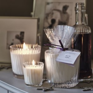 Sloe Gin Candle The White Company London Christmas