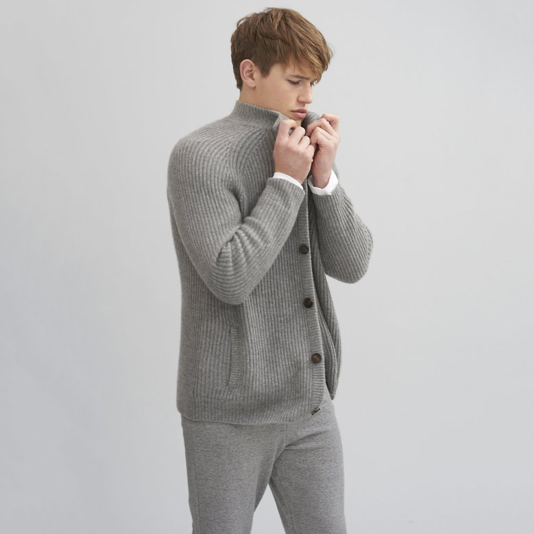 The White Company Mens Menswear Clothes Clothing Fashion Luxury Christmas Xmas Present Gifts Gifting Cashmere Wool Socks Cardigan Robe Dressing Gown Blog Blogger Lifestyle Mens Boyinbreton.com Boyinbreton Boy in Breton Jersey Loopback Zip-thru Sweatshirt Joggers Chunky Cashmere Cardigan