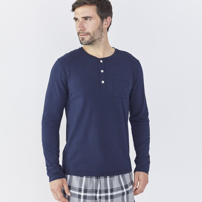 The White Company Mens Menswear Clothes Clothing Fashion Luxury Christmas Xmas Present Gifts Gifting Cashmere Wool Socks Cardigan Robe Dressing Gown Blog Blogger Lifestyle Mens Boyinbreton.com Boyinbreton Boy in Breton Jersey Loopback Zip-thru Sweatshirt Joggers Chunky Cashmere Cardigan Joggers Merino Wool Henley